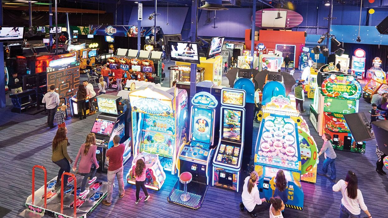 Ontario's Giant Gaming Complex Is Closing For Good But There's Still Time To Visit