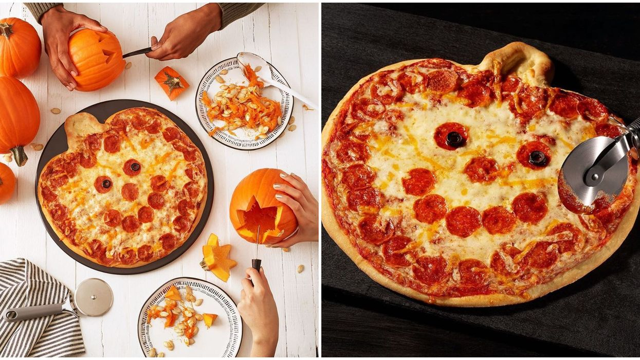 Papa Murphy's Jack-O-Lantern Pizza In Canada Is Adorable & Perfect For Halloween