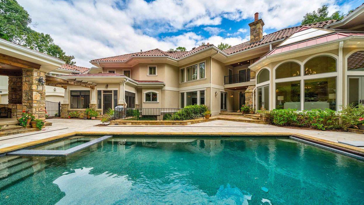 Atlanta Real Estate Jeff Foxworthy Mansion