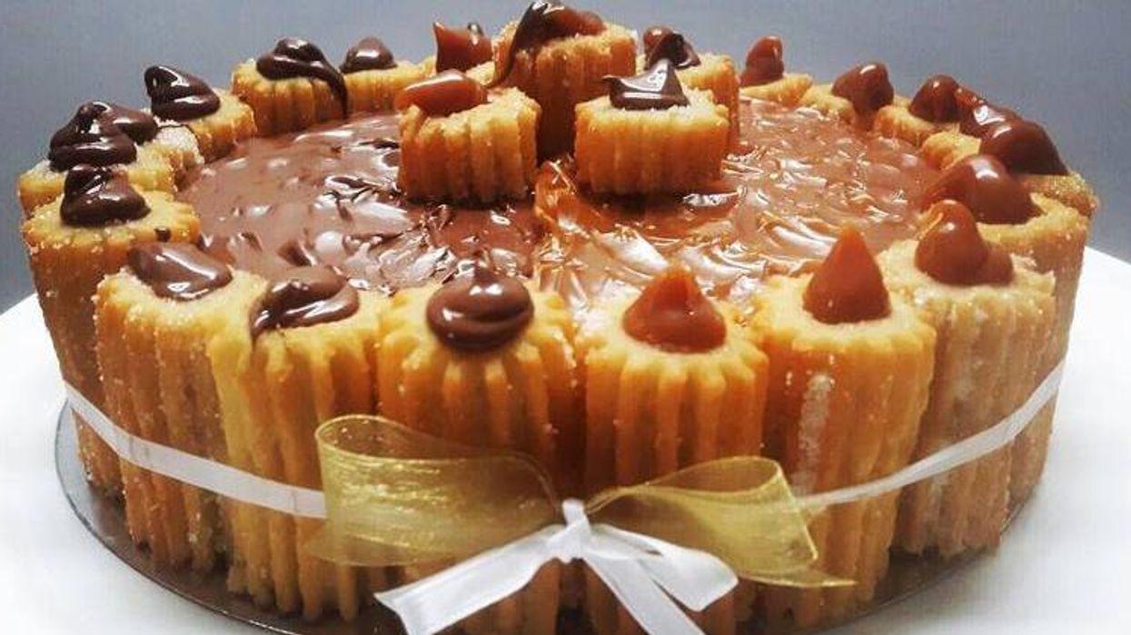 Ce café près de Montréal sert un gâteau de churros et tu DOIS l'essayer!