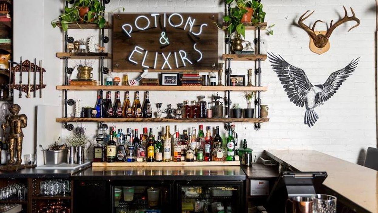 Le bar Harry Potter est ouvert à Montréal et c'est encore plus magique que tu pensais!!! (photos)