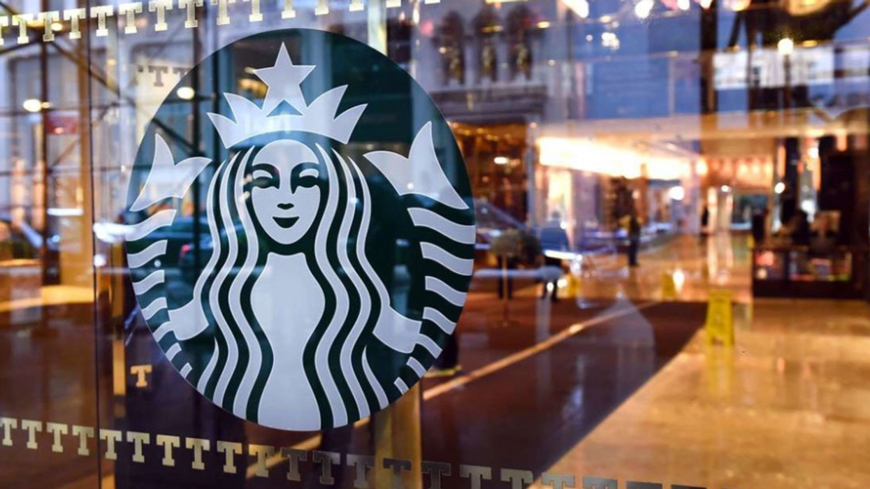 A New Starbucks Just Opened In The ByWard Market (Oh, And They're Selling Beer There Too)