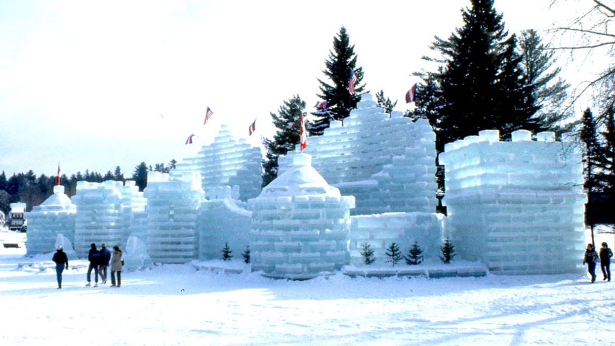 This Magical Ice Castle Is Only A Few Hour Drive Away From Ottawa