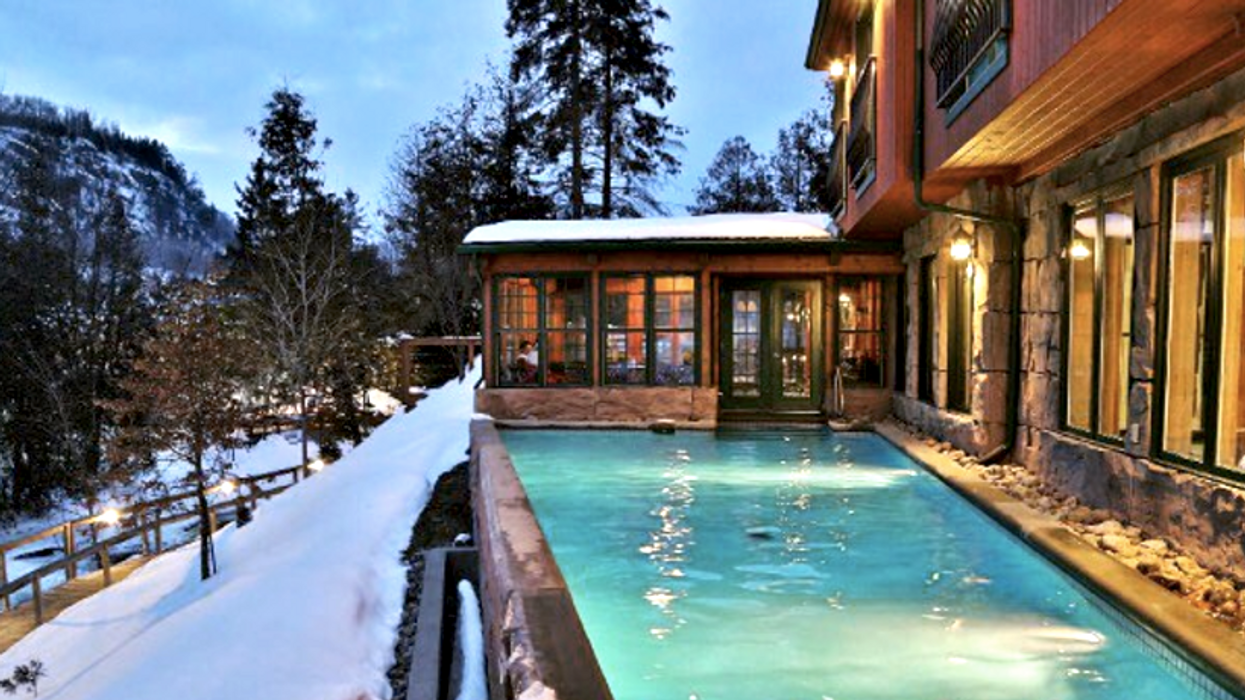 You Need To Road Trip To This Beautiful Winter Spa Just A Couple Of Hours From Ottawa