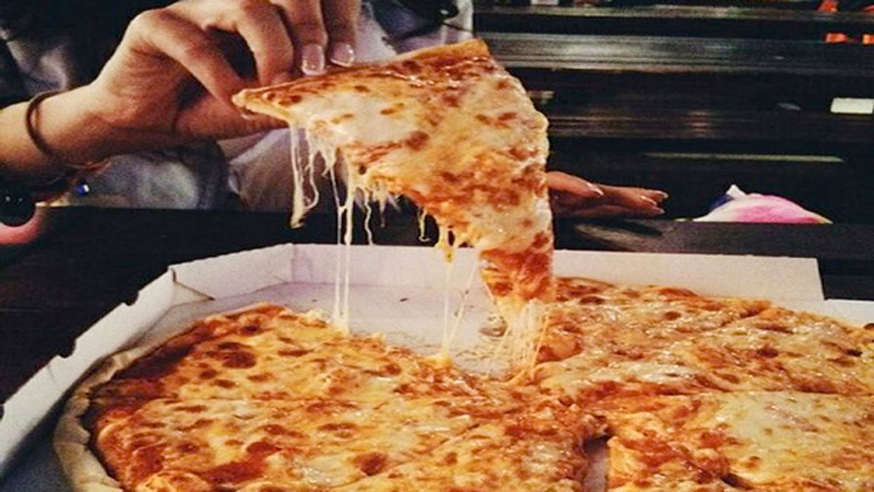 11 Hot And Cheesy Regina Pizzas To Put In And Around Your Mouth