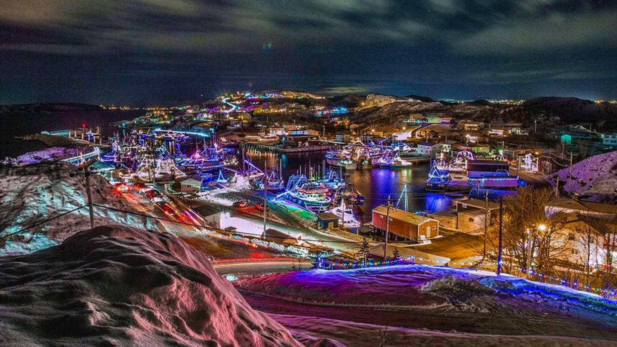 The Holiday Lights At Port de Grave Look Like Something Out Of A Fairytale (16 Photos)