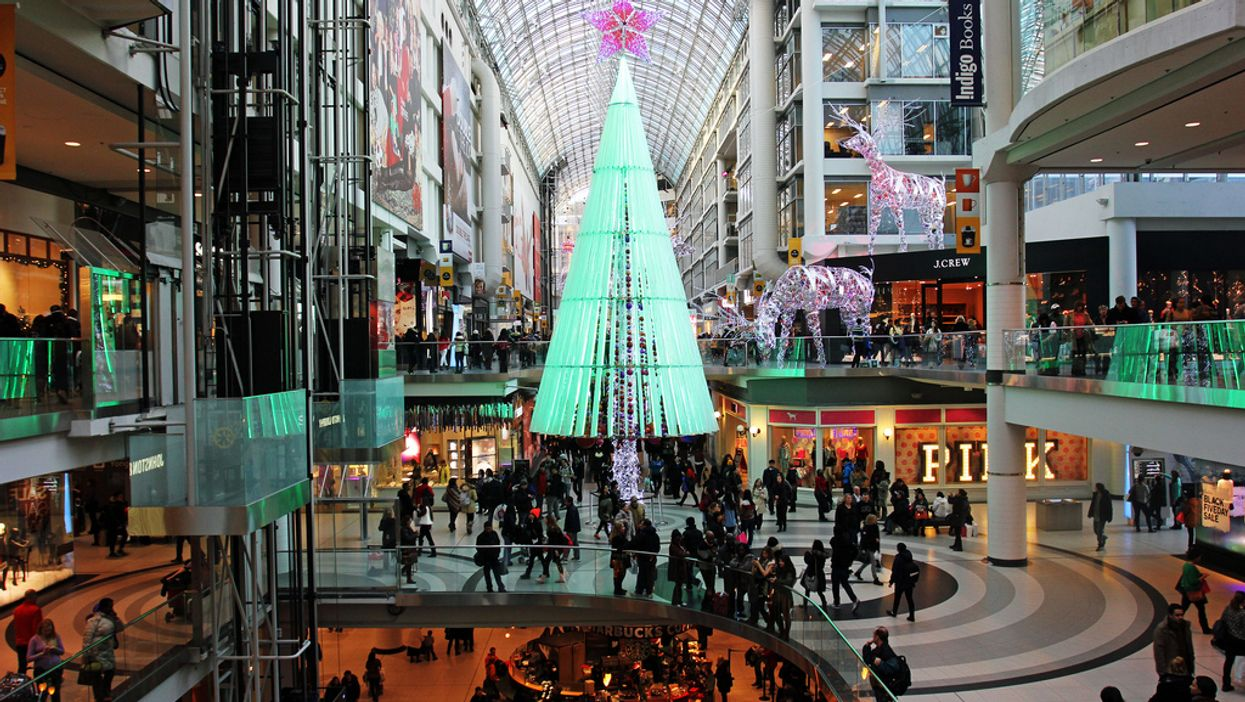 """7 Things You Really Need To Know About """"Black Friday"""" In Toronto"""
