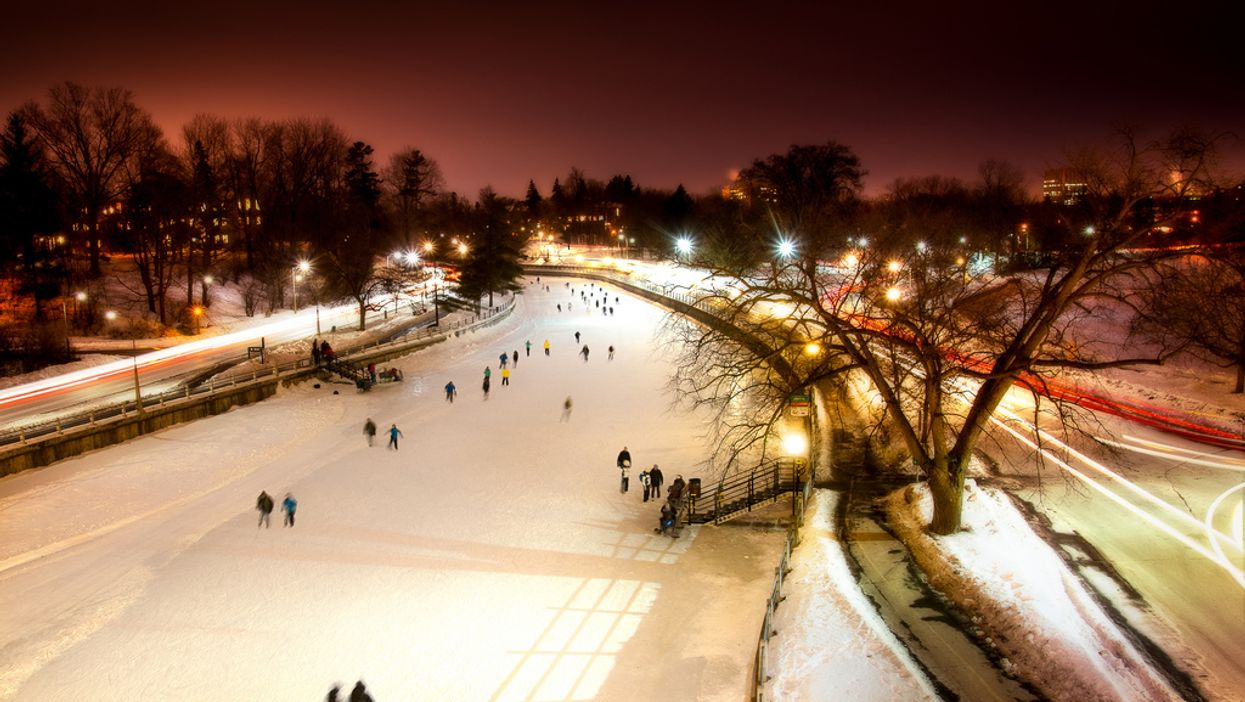 10 Winter Road Trips Close To Toronto To Go On With Your Significant Other