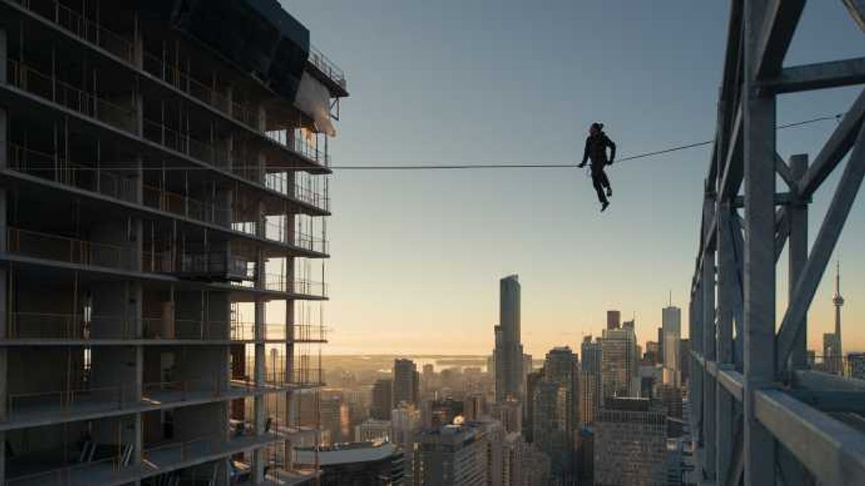 These Photos Of Someone Slacklining Between Two Toronto Skyscrapers Will Make You Piss Yourself