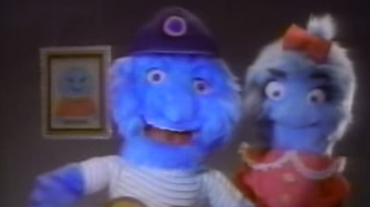 7 TV Commercials From The 90's Every Canadian Knows All Too Well