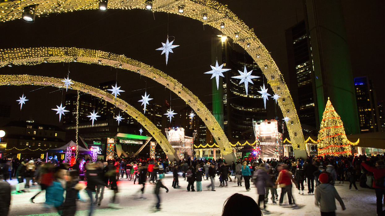 Toronto Is Hosting A Massive Outdoor Light Show At Nathan Phillips Square