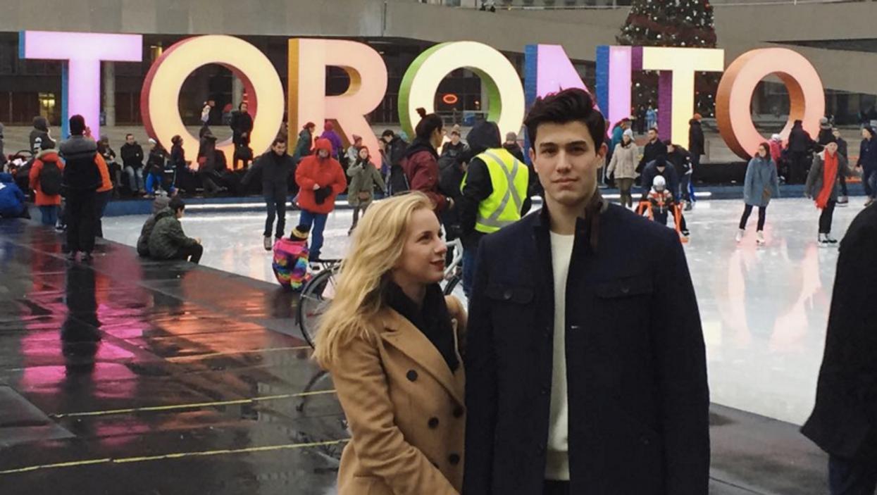 14 Spots To Take Adorable Couple Instagram Photos In Toronto