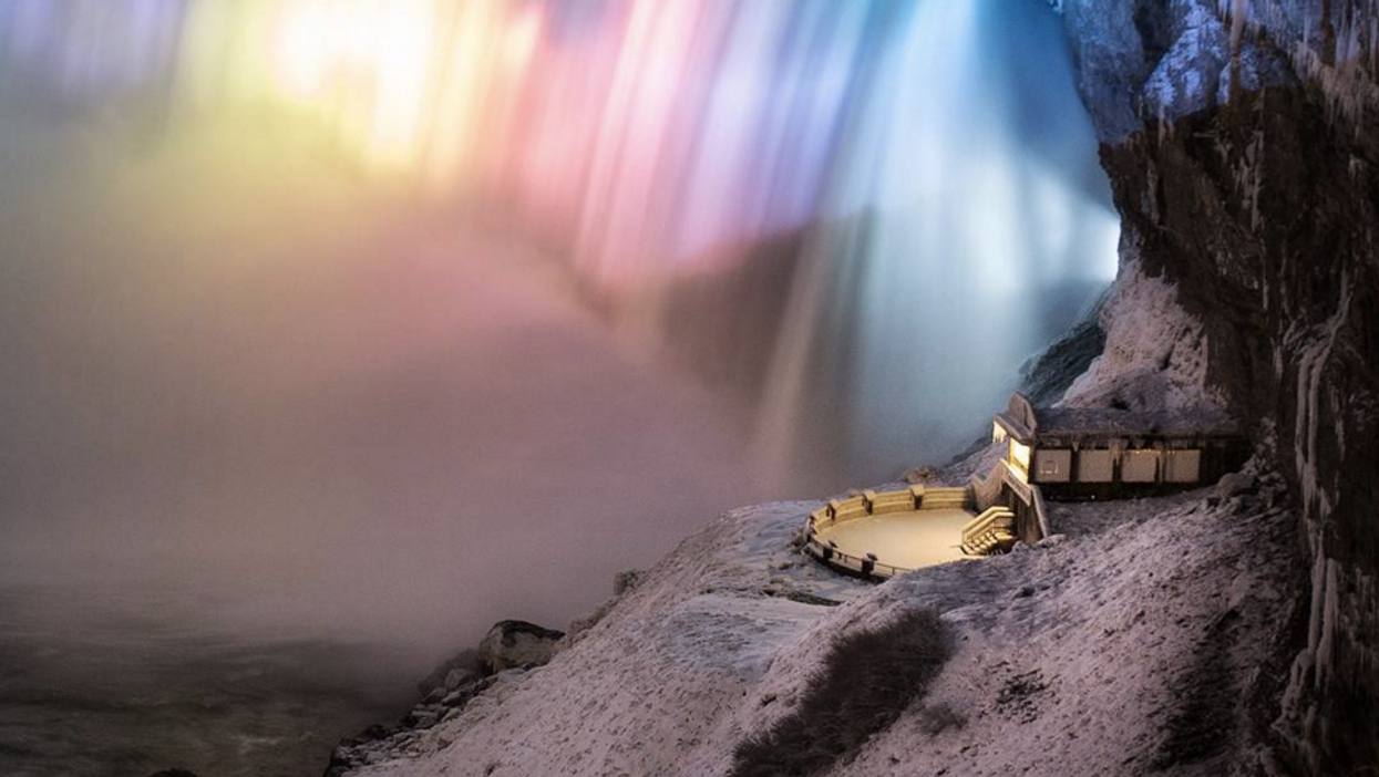 18 Breathtaking Photos Of Ontario Covered In Snow