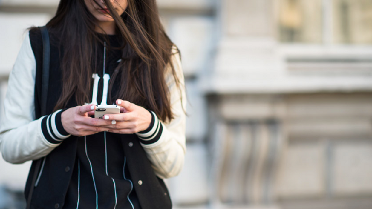 This New Tinder Feature Will Blow Your Mind