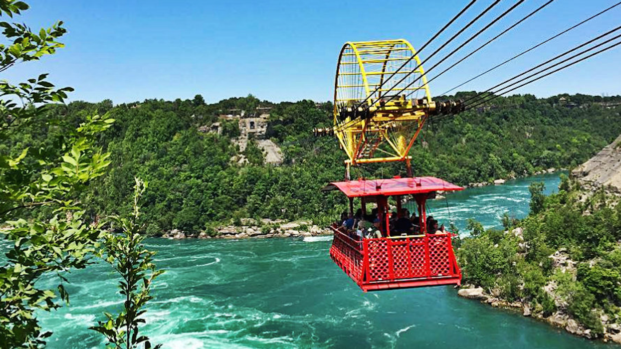 6 Extraordinary Cable Car Rides You Need To Take In Ontario