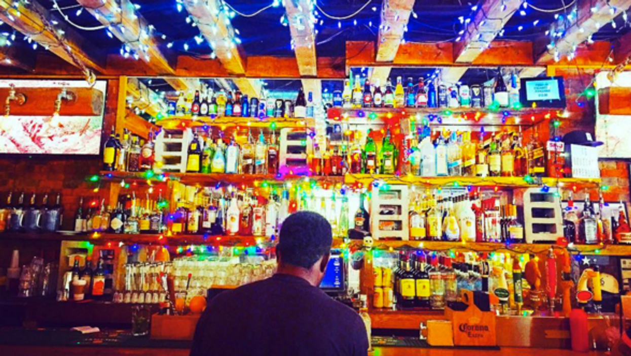11 Bars In Toronto To Drink Alone Without Feeling Awkward