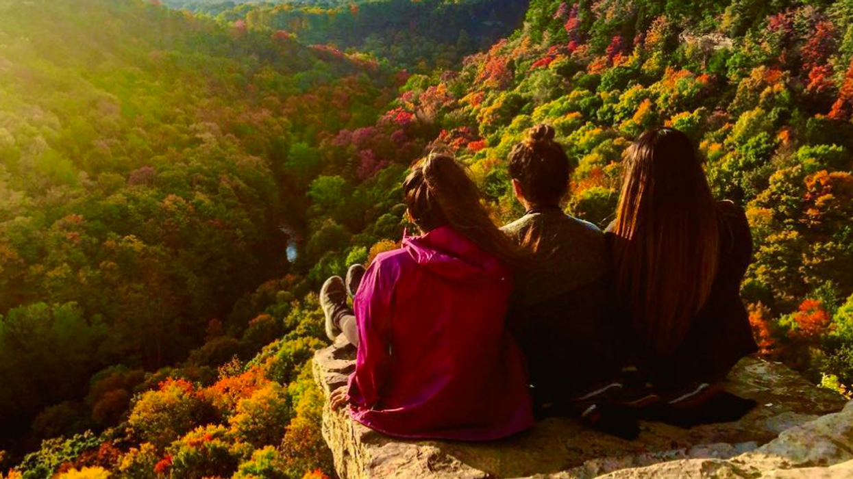 22 BFF Date Ideas You Need To Take Advantage Of This Fall In Toronto