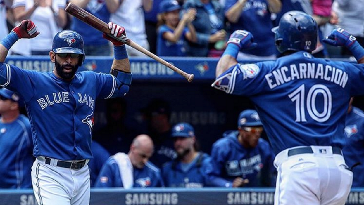 Watch The Blue Jays Wildcard Game With Hundreds Of Fans At Nathan Phillips Square Tonight