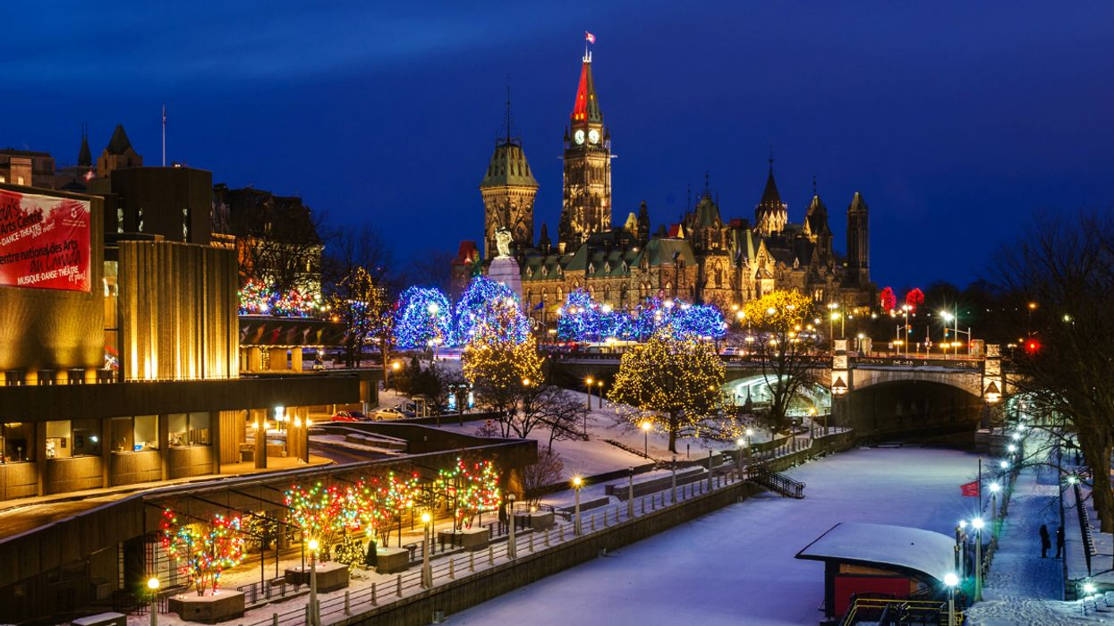 """Parliament Hill Will Be Transformed Into A Magical """"Hill Of Lights"""" For The Holidays"""