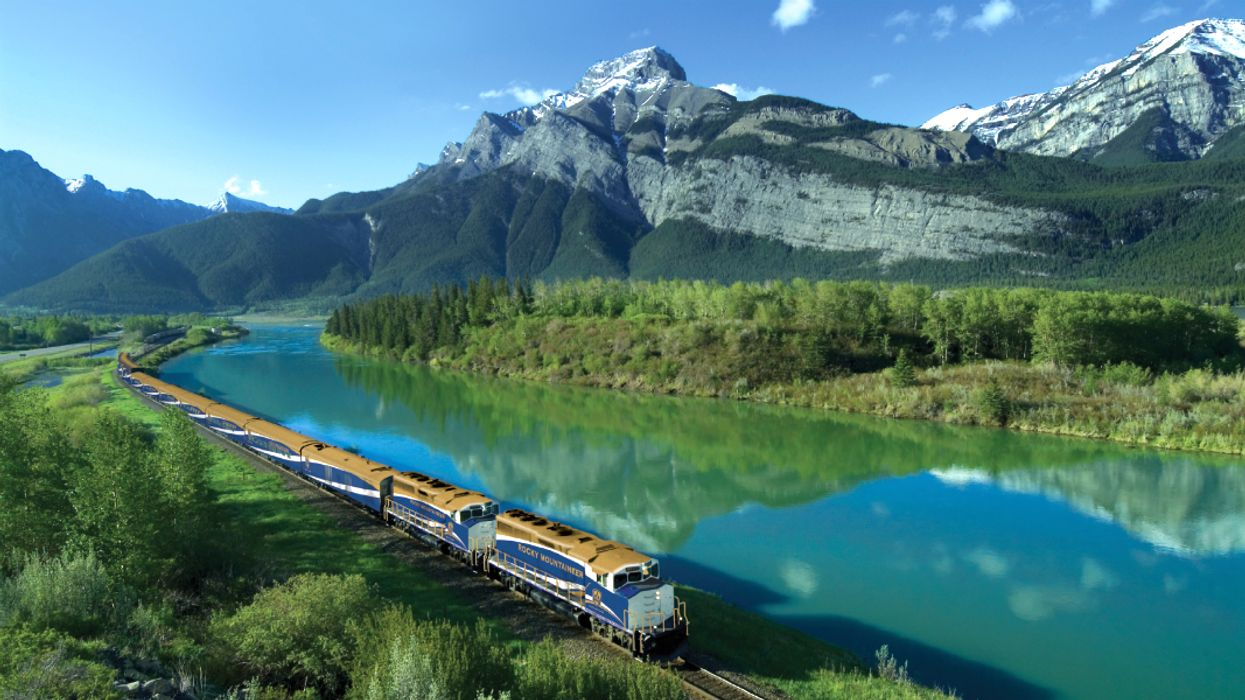 You Can Travel To Vancouver From Toronto By Train For $397