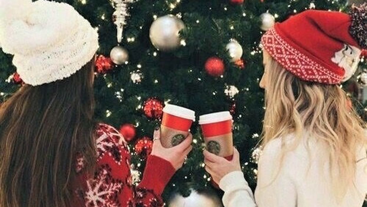 """22 Things Every """"Basic"""" Girl Is Guilty Of Doing In Vancouver During The Holidays"""