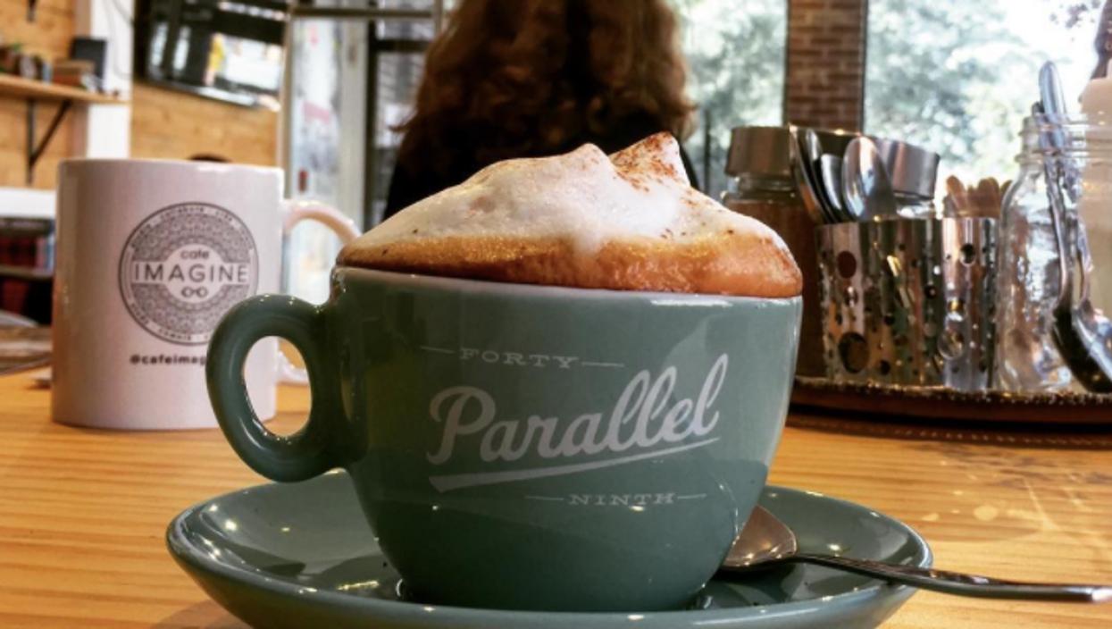 Ce café de Montréal offre le café À VOLONTÉ