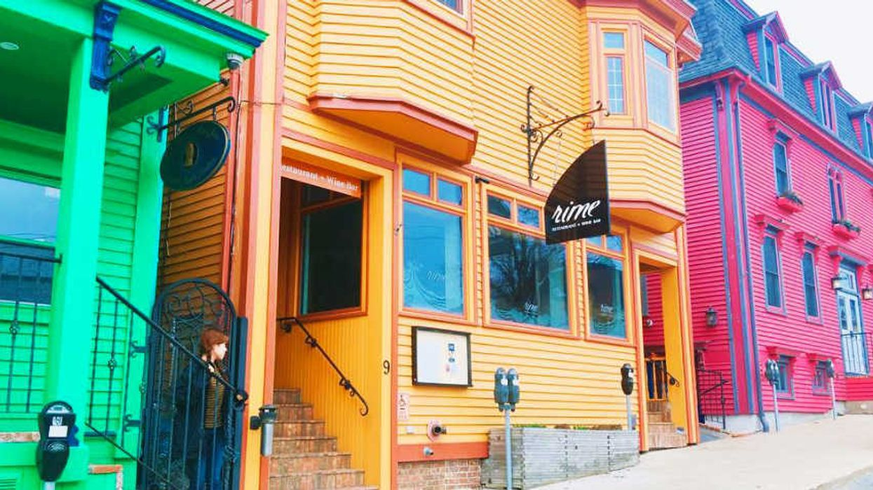 14 Amazing Restaurants You Need To Eat At In Lunenburg