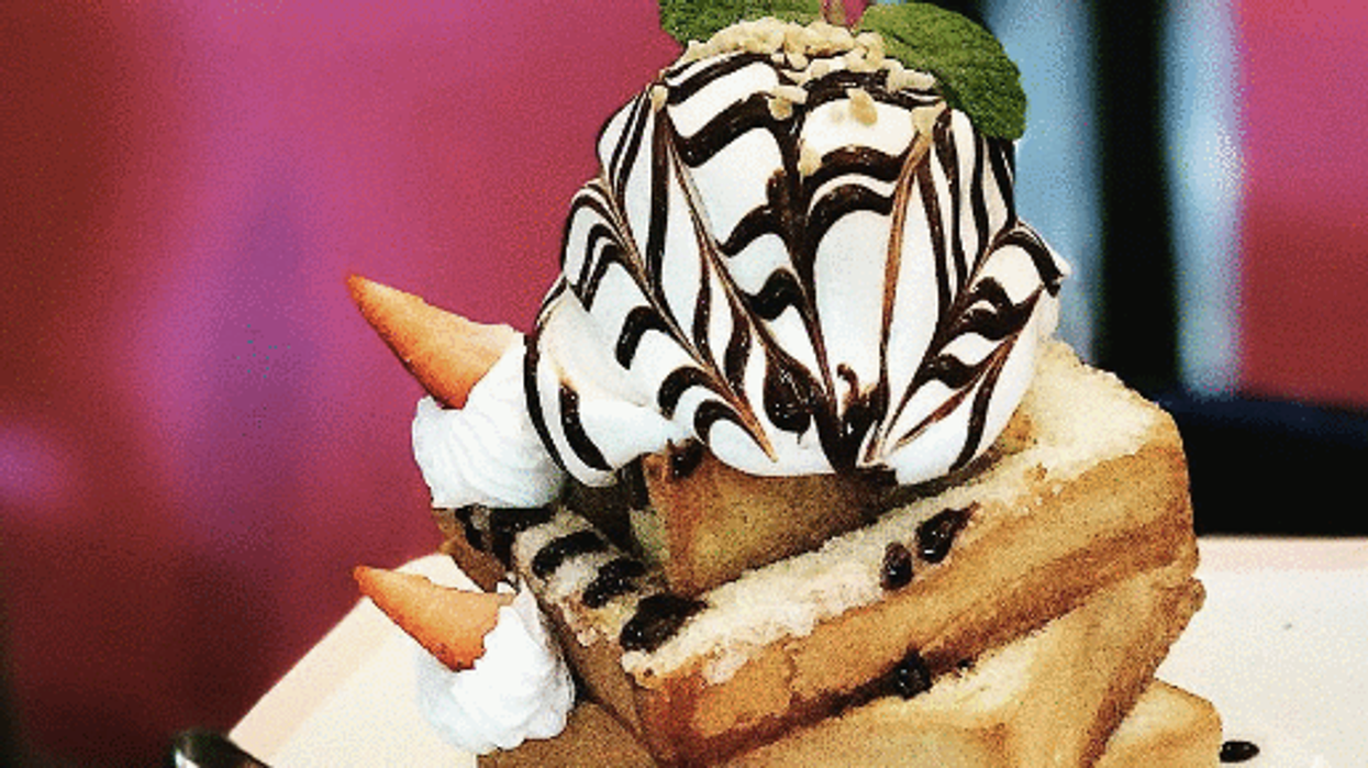This Dessert Cafe That Is Already Super Popular In Asia Just Came To Toronto