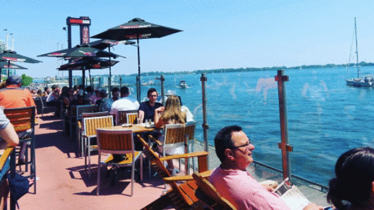 10 Waterfront Restaurants In Toronto With Views That Will Amaze You