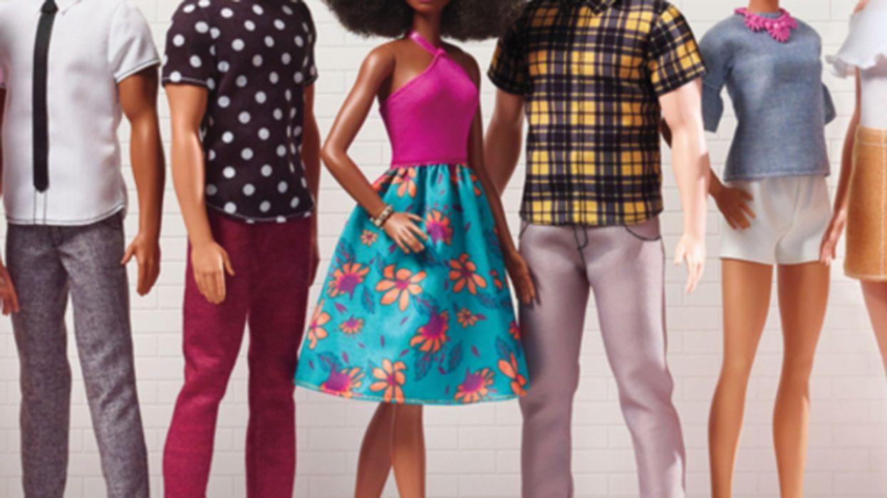 Ces poupées Barbie créées à notre image vont te faire capoter tellement elles sont réalistes