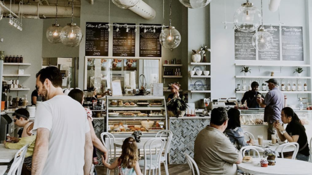 """11 """"Hidden"""" Cafes In Ottawa You And Your BFF Absolutely Need To Discover"""