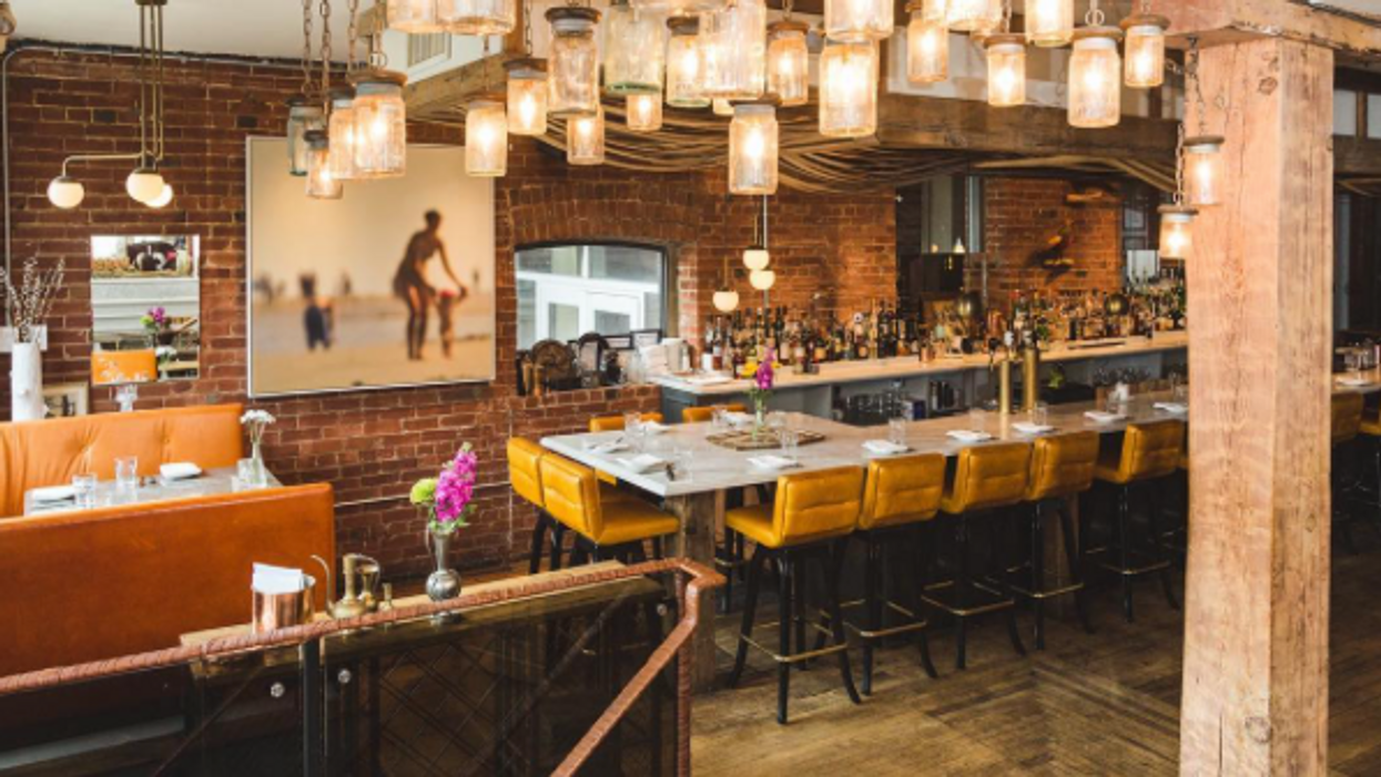 13 Romantic Restaurants In Toronto That Will Make You Feel Like The Beginning Of Your Relationship