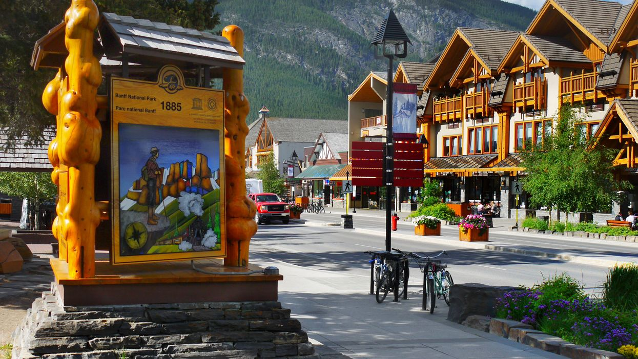 14 Adorable Small Towns In Alberta You Need To Visit