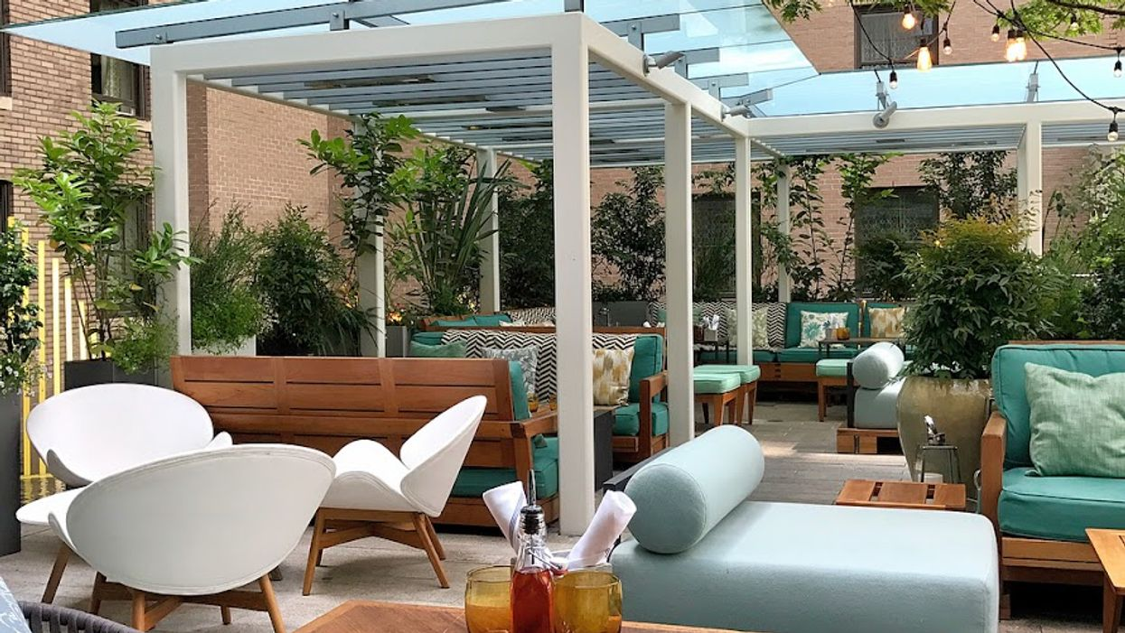 """13 """"Hidden"""" Rooftop Terraces and Patios In Vancouver To Discover This Summer"""