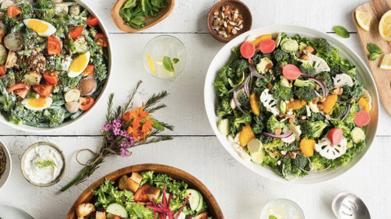 A New Vegan-Friendly Salad Bar Opened In Downtown Ottawa And It's Cute AF