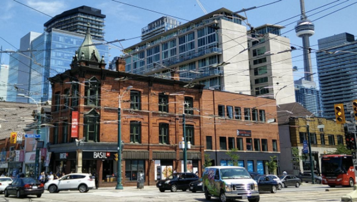 12 Must See Places In Queen West For the Best Shopping, Eating and Partying In Toronto