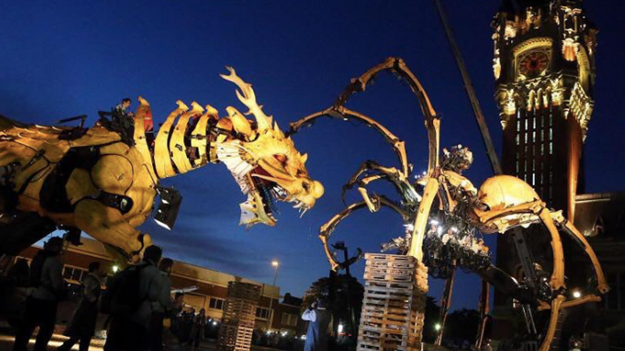 A Giant Fire Breathing Dragon And Huge Spider Will Be Roaming Ottawa's Streets