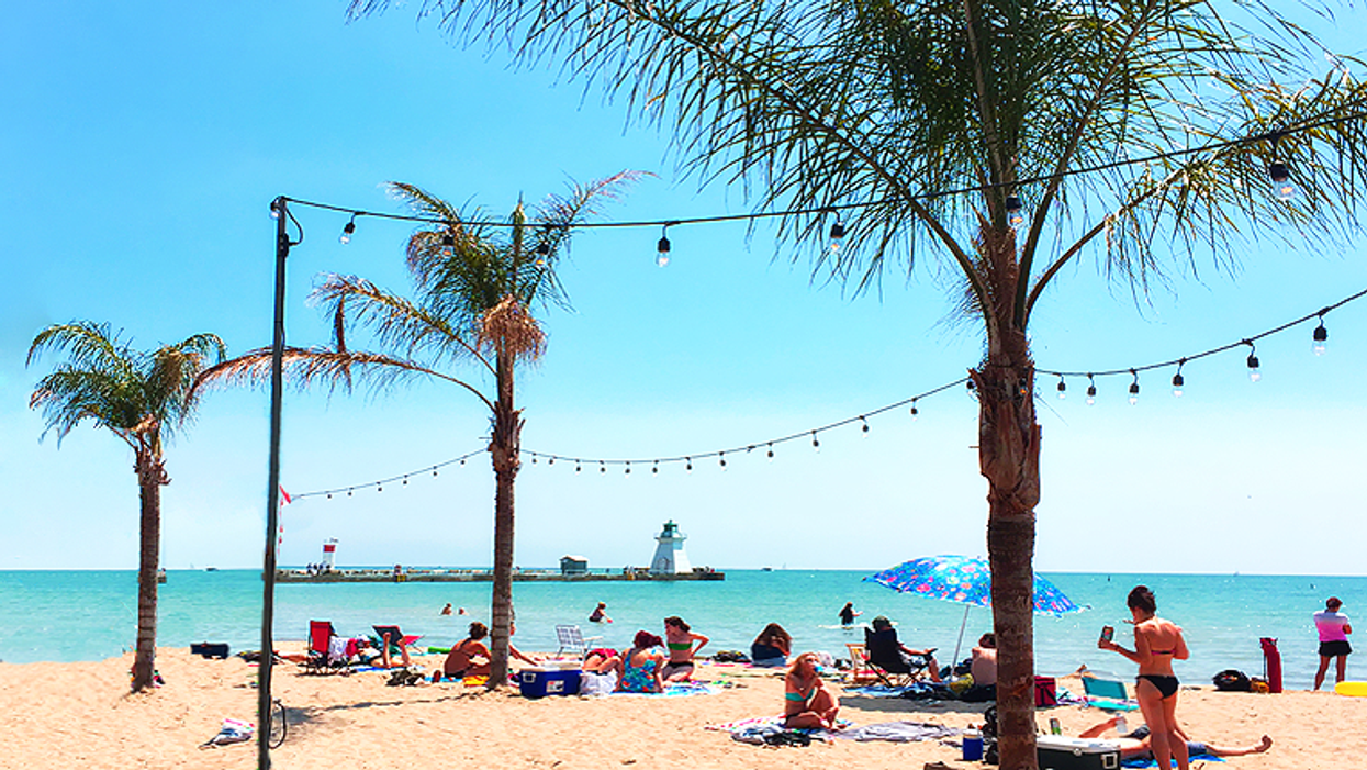 This Ontario Beach With Real Palm Trees Will Make You Feel Like You're In Cancun