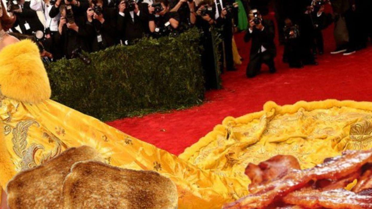 17 fois où Rihanna était su'a coche même avec des tenues weird