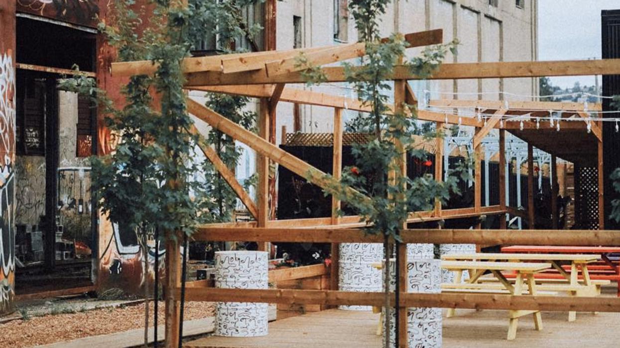 Une nouvelle terrasse dans un endroit abandonné ouvre ce weekend à Montréal