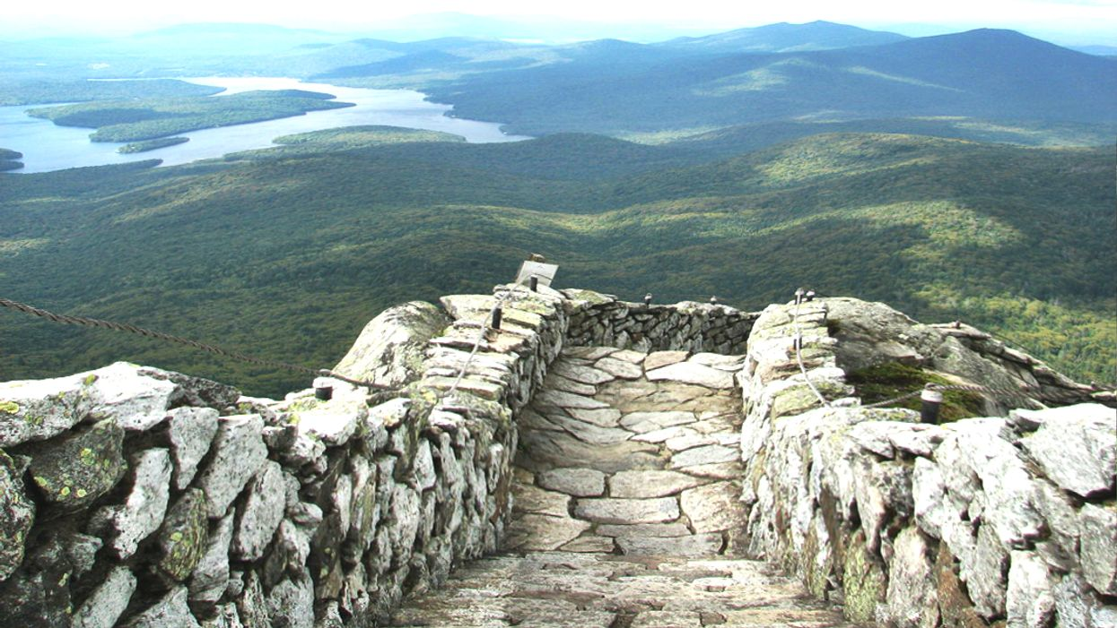 This Stone Path Just Across The Border From Ontario Is The Coolest Hike You'll Ever Go On