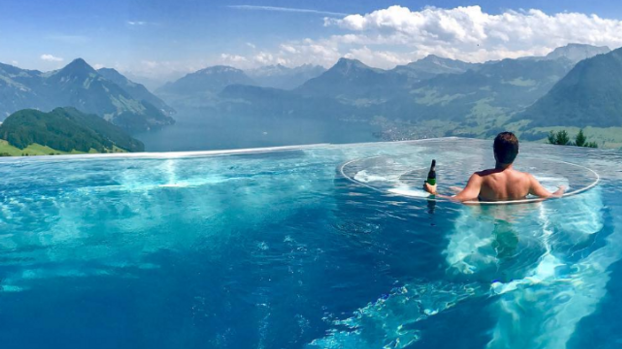 This Is The Incredible Infinity Pool You're Seeing All Over Instagram