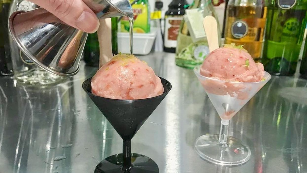 You Can Now Get Boozy Nitrogen Ice Cream In Vancouver And Here's Where