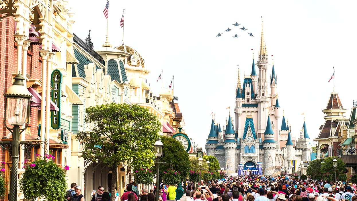 You Can Fly From Toronto To Orlando, Florida For $273 Round Trip