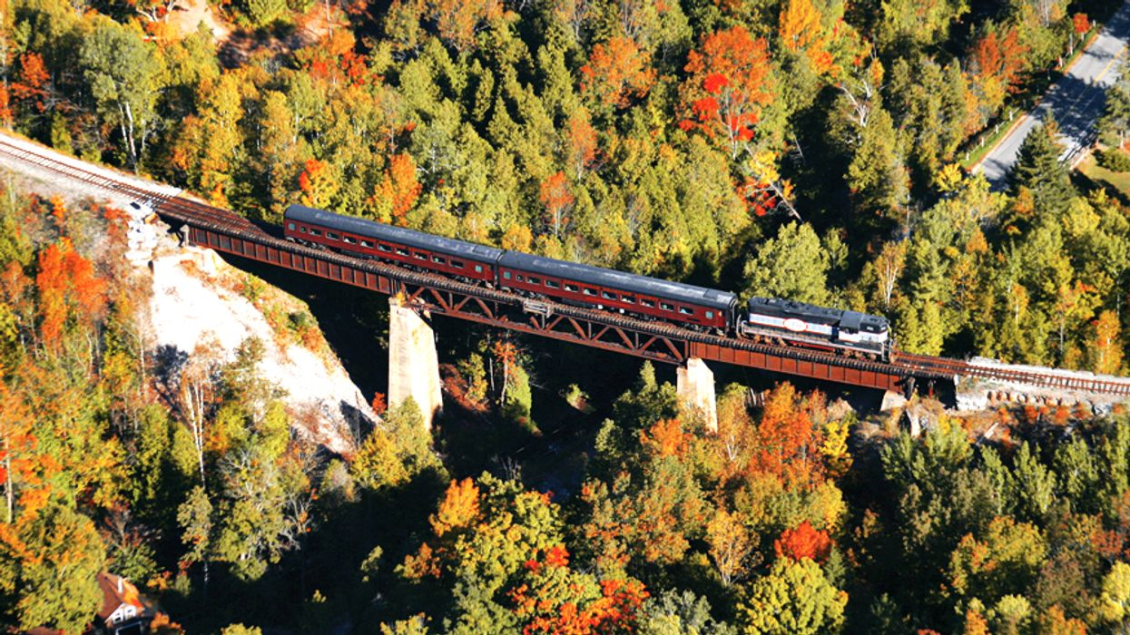 This $53 Train Ride Takes You On An Incredible Tour Of Southern Ontario