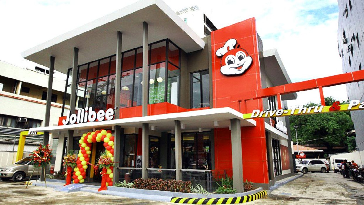 Jollibee To Finally Open In Mississauga This Fall 2017