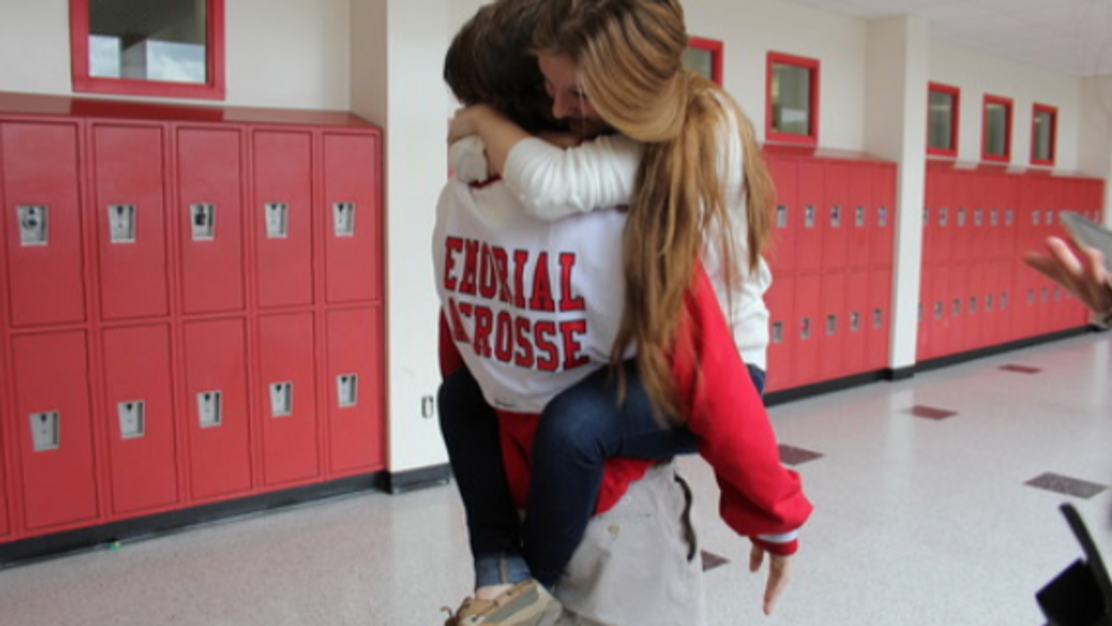 12 Savage Differences Between Dating In Highschool Vs. Dating In University