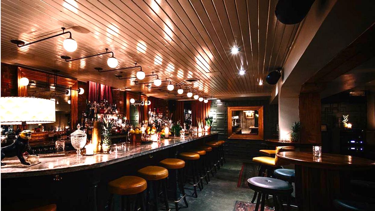 16 Best Hidden Restaurants, Shops, And Must-Sees In Toronto