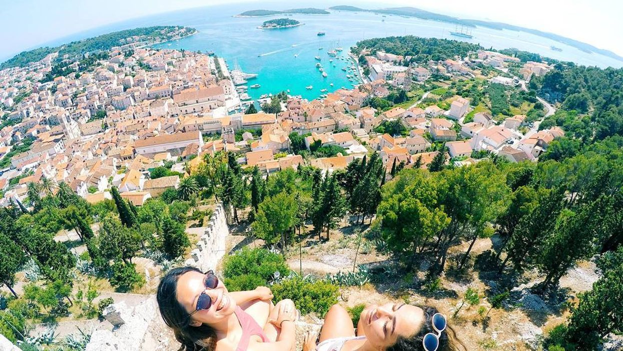 15 Bucket List Trips You Need To Take With Your BFFs Before You're 25