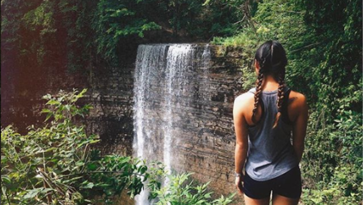 6 Incredible Day Trips In Ontario To Take With Your BFF This Fall